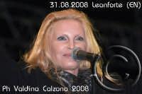 La bellissima Patty Pravo in concerto a Villa Gussio-Leonforte (EN) Ph Valdina Calzona   - Leonforte (1571 clic)
