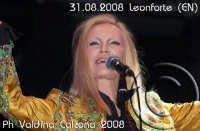 La bellissima Patty Pravo in concerto a Villa Gussio-Leonforte (EN) Ph Valdina Calzona   - Leonforte (1389 clic)