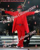 Renato Zero in concerto al Palasport di Acireale con il suo ZeroNoveTour...Ph Valdina Calzona 2009  - Acireale (2996 clic)