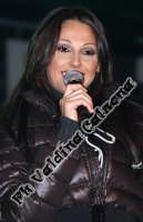 Anna Tatangelo in concerto ad Acireale-Gennaio 2008-Foto Valdina Calzona  - Acireale (1526 clic)