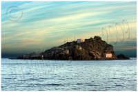 Isola Lachea, Acitrezza. Ph Valdina Calzona  Marzo 2009  - Aci trezza (3892 clic)