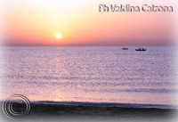 Stupefacente Alba dalla spiaggia della Playa.. Ph Valdina Calzona Maggio 2009  - Catania (3824 clic)