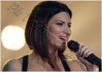Laura Pausini in concerto al Palasport di Acireale. Marzo 2009 Ph Valdina Calzona  - Acireale (3262 clic)