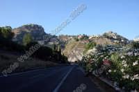 Taormina e Castelmola riprese dall'autostrada. Ph Valdina Calzona 2009  - Taormina (4486 clic)