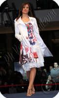 Sfilata di moda al Centro Commerciale I Portali..San Giovanni La Punta. Ph Valdina Calzona 2009  - Catania (2836 clic)