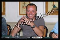 Gigi D'Alessio in conferenza stampa all'hotel Villa del Bosco-Settembre 2007  - Catania (1449 clic)