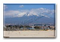 La Signora..L'Etna vista dalla spiaggia della Playa. Aprile 2009 Ph Valdina Calzona  - Catania (5921 clic)