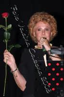 La grande signora della musica italiana Ornella Vanoni in p.zza universita' per la serata in omaggio a rosa balistreri. 31 maggio 2008- ph Valdina Calzona  - Catania (984 clic)