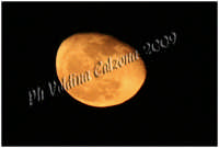 La Luna gialla. Ph Valdina Calzona 2009  - Catania (2976 clic)