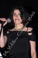 Giorgia in p.zza universita' per la serata in omaggio a rosa balistreri. 31 maggio 2008- ph Valdina Calzona  - Catania (1067 clic)
