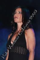 La bravissima Paola Turci in p.zza universita' per la serata in omaggio a rosa balistreri. 31 maggio 2008- ph Valdina Calzona  - Catania (1236 clic)