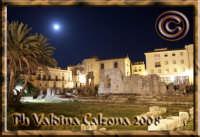 Il Tempio di Apollo, nel bel mezzo del centro di Siracusa..Ph Valdina Calzona 2008  - Siracusa (1588 clic)