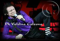 Massimo Ranieri in concerto al teatro metropolitan di catania.. Ph Valdina Calzona 2010  - Catania (2283 clic)