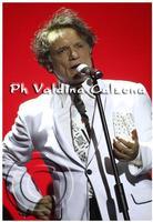Massimo Ranieri in concerto al teatro metropolitan di catania.. Ph Valdina Calzona 2010  - Catania (1869 clic)