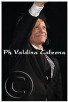Massimo Ranieri in concerto al teatro metropolitan di catania.. Ph Valdina Calzona 2010  - Catania (1843 clic)