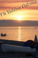 Alba sulla spiaggia di Roccalumera..Agosto 2008 Ph Valdina Calzona  - Roccalumera (2210 clic)