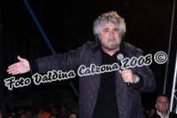 Beppe Grillo a Piazza Dante-Marzo 2008 Ph Valdina Calzona  - Catania (1073 clic)