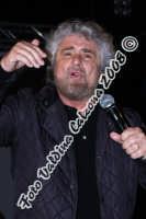 Beppe Grillo a Piazza Dante-Marzo 2008 Ph Valdina Calzona  - Catania (920 clic)