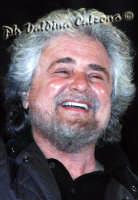 Beppe Grillo a Piazza Dante-Marzo 2008 Ph Valdina Calzona  - Catania (1062 clic)
