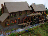 Il romantico mulino Hexenlochmuhle,costruito nel 1825 è ancora in funzione.  - Palermo (6516 clic)