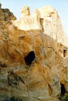 L'inespugnabile castello rupestre.   - Gagliano castelferrato (3267 clic)