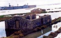 casa tipica siciliana in mare...  - Augusta (6754 clic)
