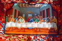L'ultima cena rappresentata su un carretto tipico.  - Donnalucata (6567 clic)