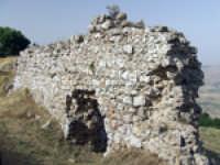 I resti del castello medievale  - Aidone (2573 clic)