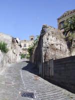 Nei pressi della Porta di San Martino  - Randazzo (1951 clic)