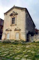 Chiesa di notevole pregio purtroppo abbandonata  - Militello in val di catania (1818 clic)