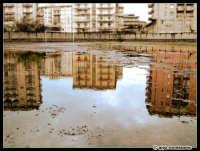 Impraticabilità di campo... e riflessi impossibili...  - Catania (2117 clic)
