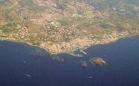 Veduta aerea di Acitrezza  - Aci trezza (12963 clic)