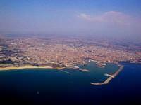 Catania dall'aereo  - Catania (17616 clic)