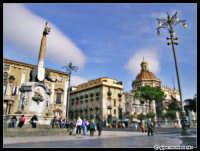 Piazza Duomo, Dicembre 2004  - Catania (2110 clic)