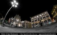 Piazza Duomo. Progetto Catania in 8mm... a cura di Gipo Montesanto  - Catania (1918 clic)