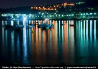 Panorama notturno della costa  - Aci trezza (2096 clic)