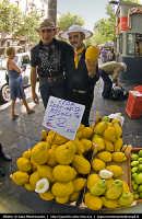 Venditori di Cedri. Progetto Catania in 8mm... a cura di Gipo Montesanto  - Catania (2155 clic)