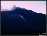 Colata del 12 settembre 2004. Foto scattata dalla cima del M.te Zoccolaro.  - Etna (2516 clic)