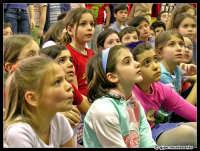 Bambini attenti durante una mostra...  - Catania (5285 clic)