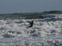 un po' di onda  - Porto palo di menfi (3925 clic)