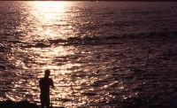 pesca al tramonto  - Sampieri (4270 clic)