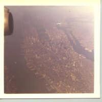 COSI' HO VISTO NEW YORK CITY DALL'ALTO DI UN BOING 747, CON TUTTI I SUOI PONTI E LE DUE TORRI GEMELLE. L'ISOLA DI MANATTAN CON I SUOI GRATTACELI COMPRESO IL CENTRAL PARK.  - Cianciana (5750 clic)