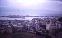 Vista del Porto,con in basso il campo dei Cappuccini.   - Messina (4364 clic)