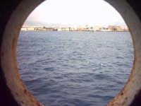 ...e guardo il mondo da un oblò...  - Messina (6061 clic)