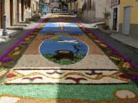 Corpus Domini Infiorata lungo il  Corso Roma  - Borgetto (4149 clic)