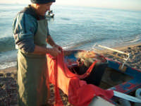 Fiumefreddo di Sicilia pescatore  - Marina di cottone (3433 clic)
