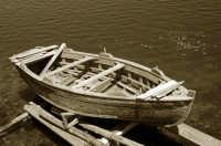 Vecchia barca ne lago piccolo di Ganzirri  - Messina (8035 clic)