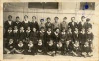 1949 - Quarta G - scuola elementare F.sco Paolo Perez di Palermo - c'è qualcuno che si riconosce ?  - Palermo (4389 clic)