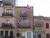 Dopo 32 anni il Palermo è tornato in serie A ! -  La grande A campeggia sulla casa del tifoso ros