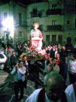 San Luca Evangelista - Patrono di Motta  d'Affermo - viene portato in processione per le vie del Paese  - Motta d'affermo (8623 clic)